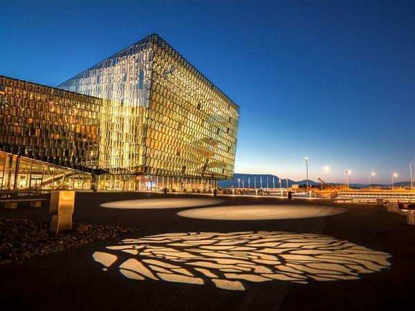 Prémio Mies van der Rohe para a Casa de Concertos Harpa em Reiquejavique