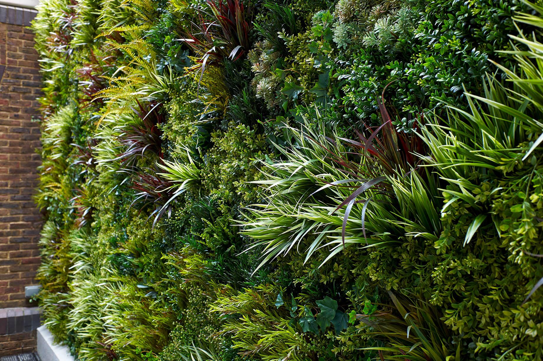 Deckall Ltd Green Panels on location