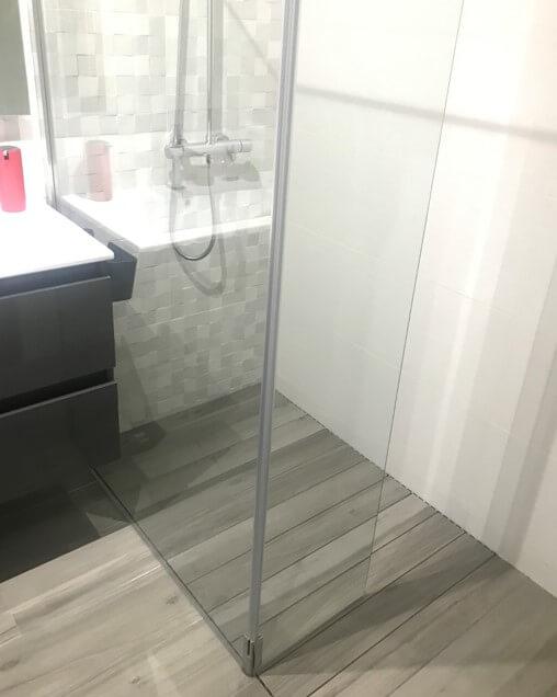 Base de duche oculta Level da Revestech