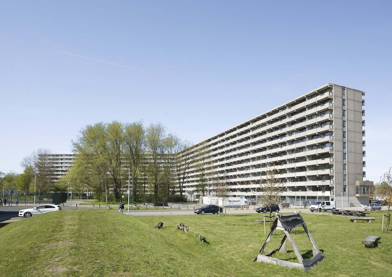 Deflat Kleiburg dos NL Architects e XVW Architectuur Vence Prémio Mies van der Rohe 2017