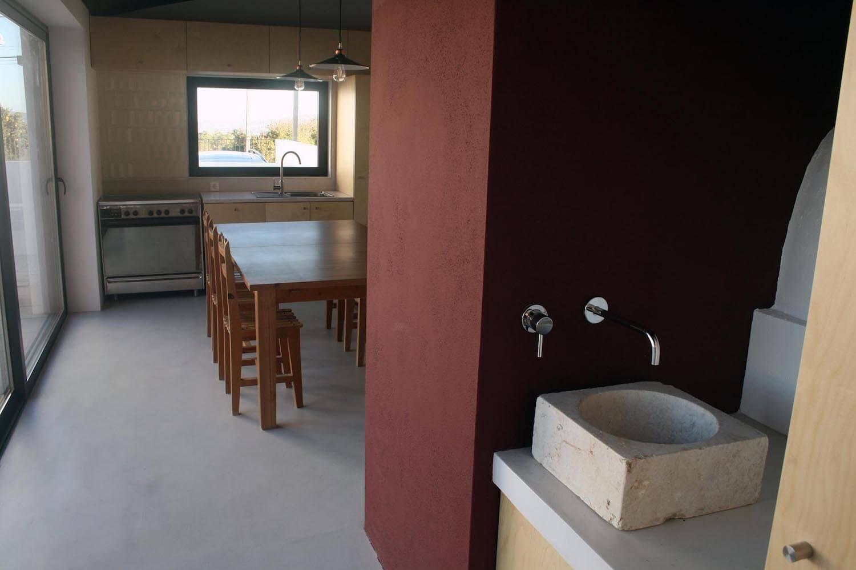 Reabilitação de cozinha e espaço exterior