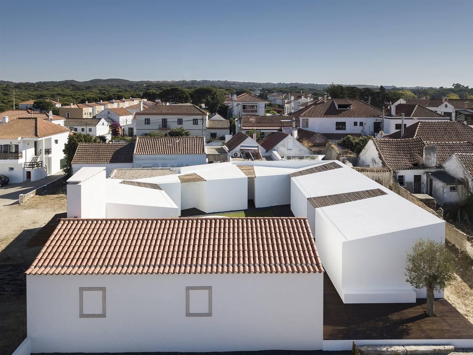 """Projeto de Fábio Ferreira Neves vencedor do """"Best Architects 20 award"""""""