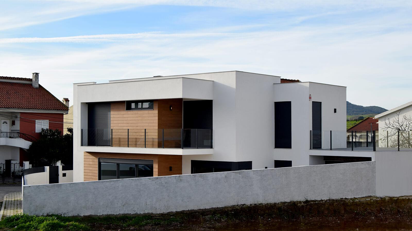 Edge House – Loures