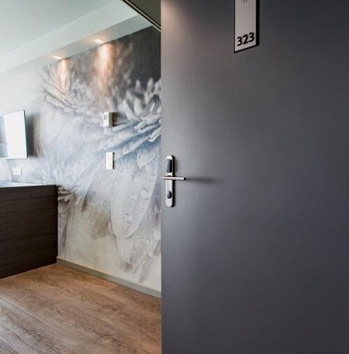 Hotel Boutique na Suíça elege design e performance Vicaima
