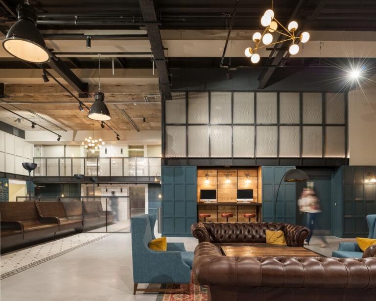 Gabriel Couto constrói residência universitária para o Grupo Smart Studios