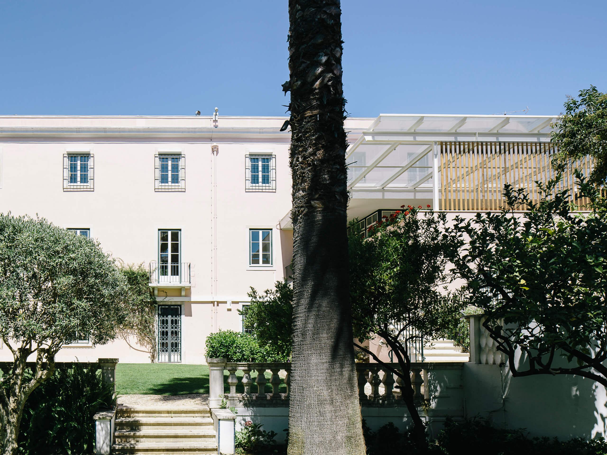 Embaixada da Suíça – Exteriores