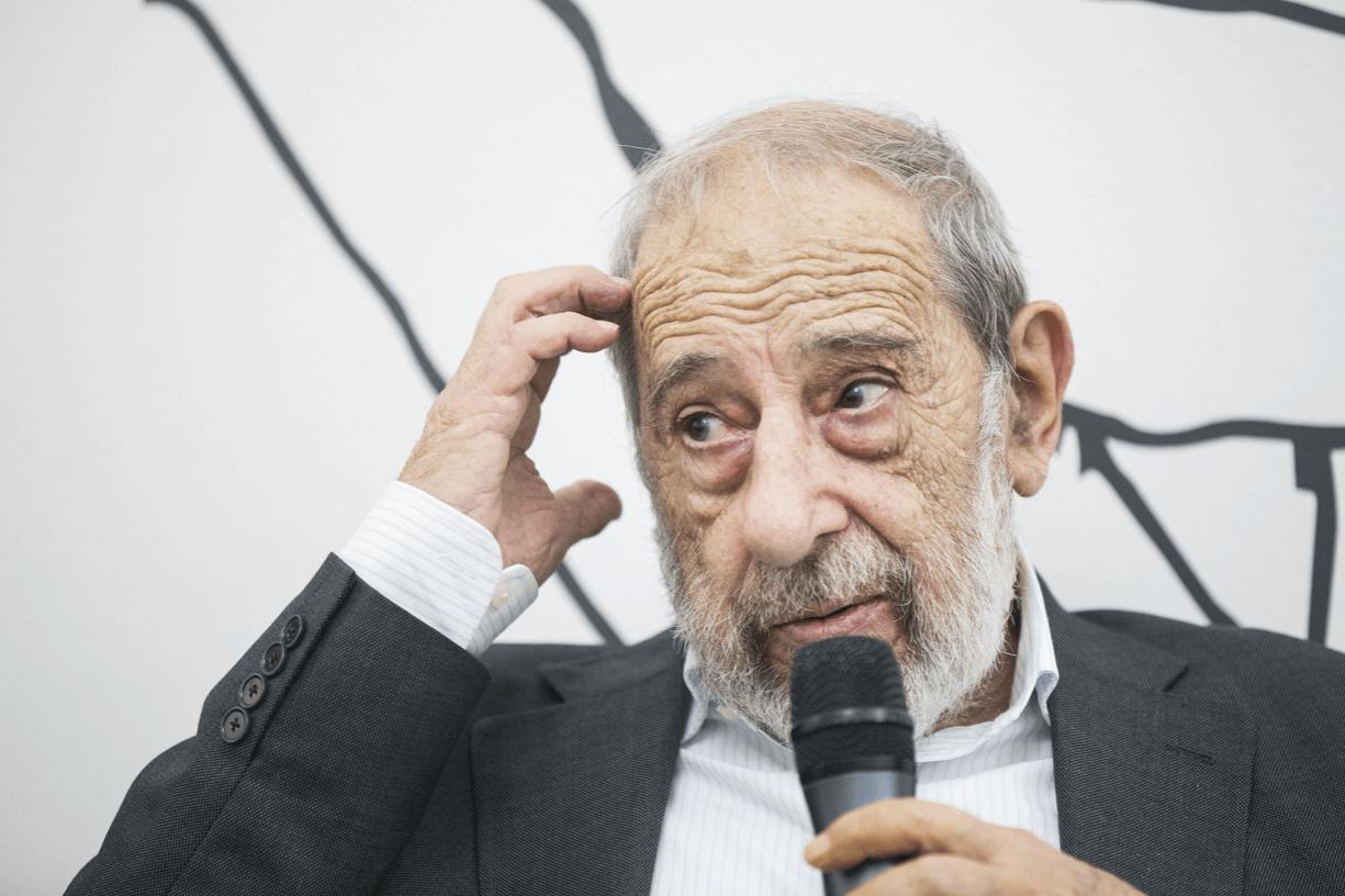 Arquitecto Álvaro Siza fará a sessão de abertura do Festival Correntes d'Escritas