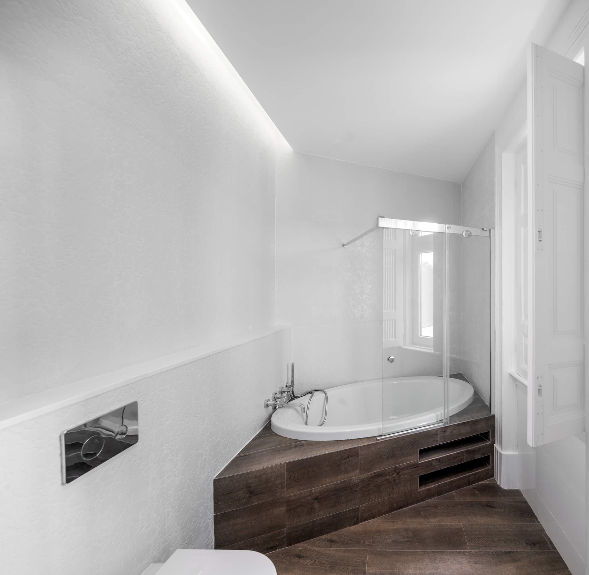 Remodelação Interior de Apartamento em São Mamede, Lisboa  Fotografia por Ricardo Gonçalves