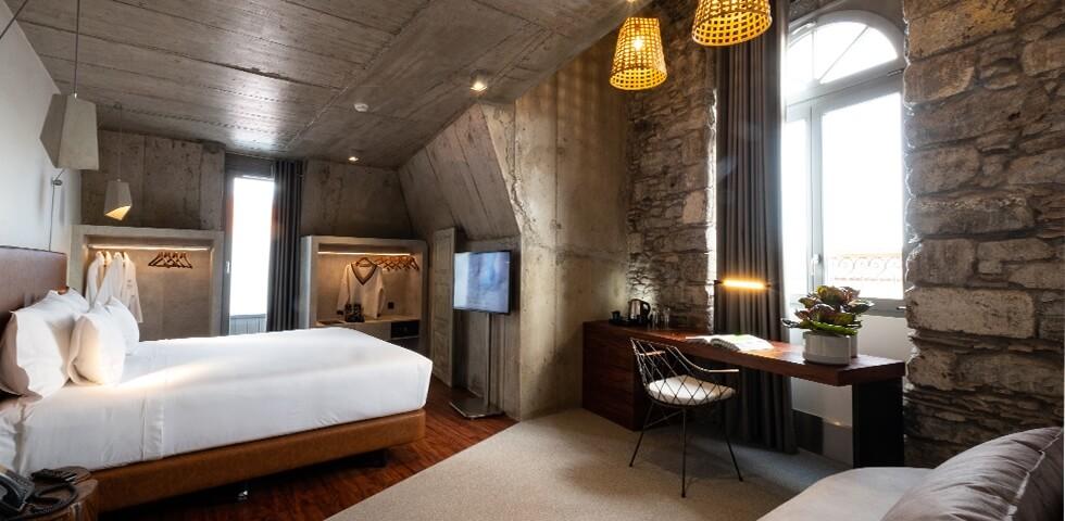 Soluções Vicaima: Caju Le Petit Hotel . Madeira