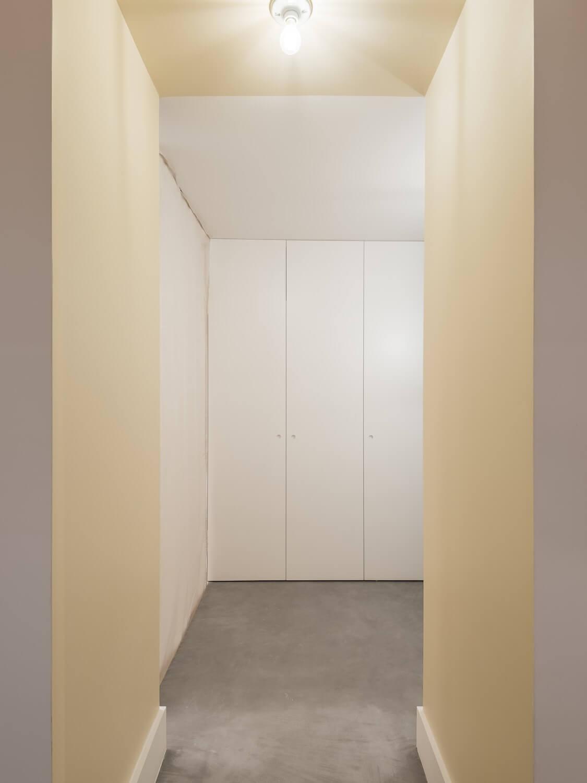 Apartamento nas Escadinhas das Portas do Mar . Atelier 106 . © do mal o menos