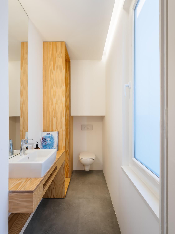 Apartamento Apartamento na Rua da Ilha Terceira . Atelier 106 . © do mal o menos