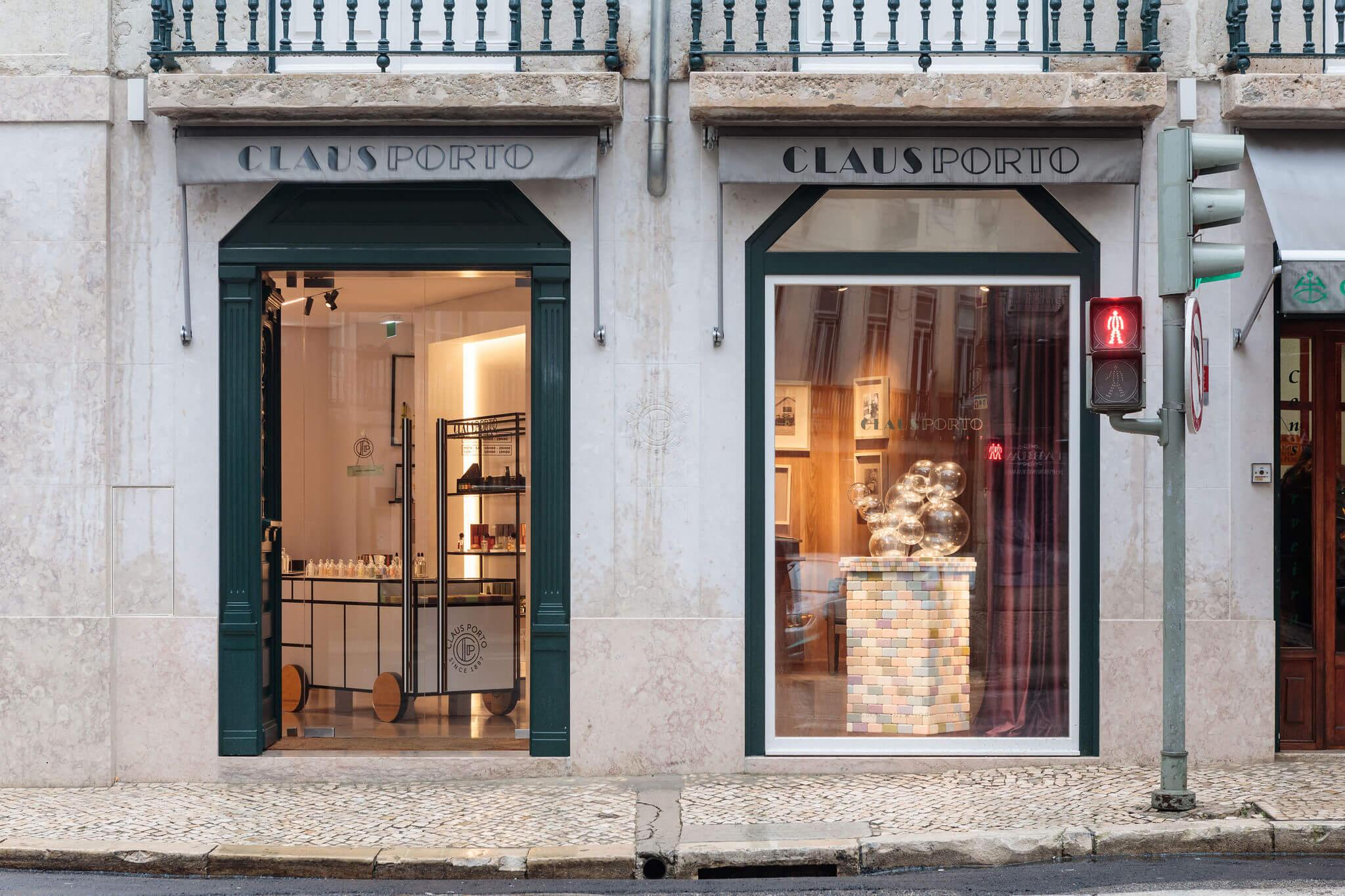 Loja Claus Porto na Baixa Pombalina, Lisboa | Nuno Nascimento Arquitectos