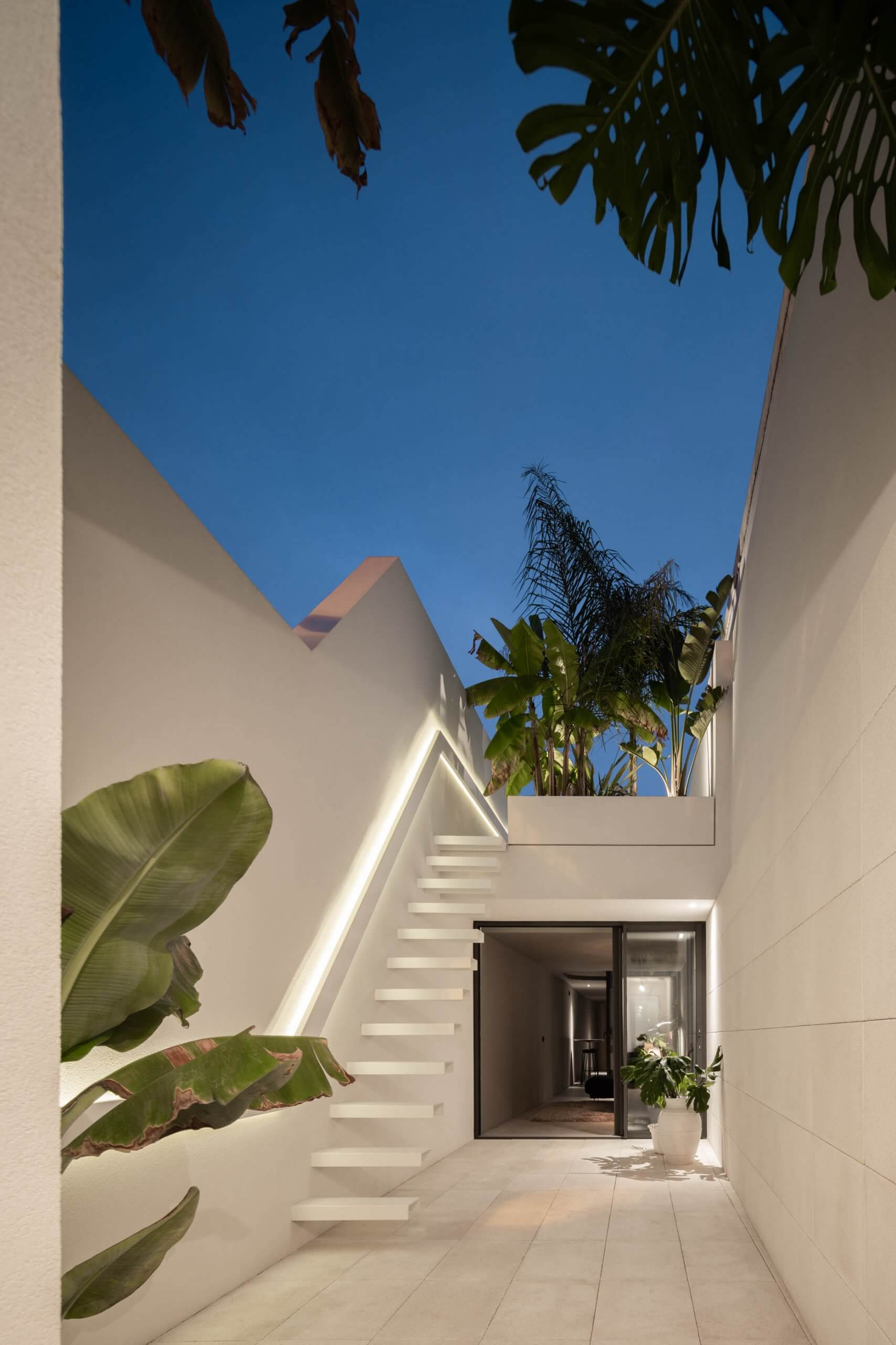 Beira Mar House