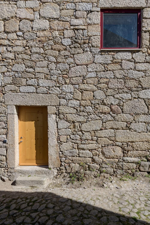 Casa na Aldeia de João Pires . Henrique Barros Gomes © Ricardo Oliveira Alves Architecture Photography