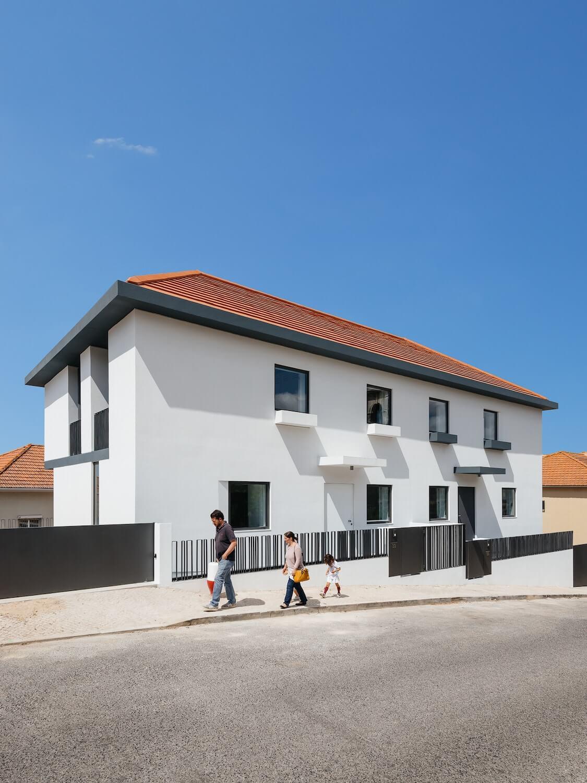 Casas Geminadas na Calçada dos Mestres
