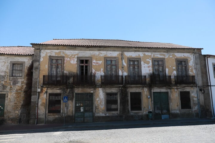 Barcelos lança concursos para reabilitar escola e edifício histórico