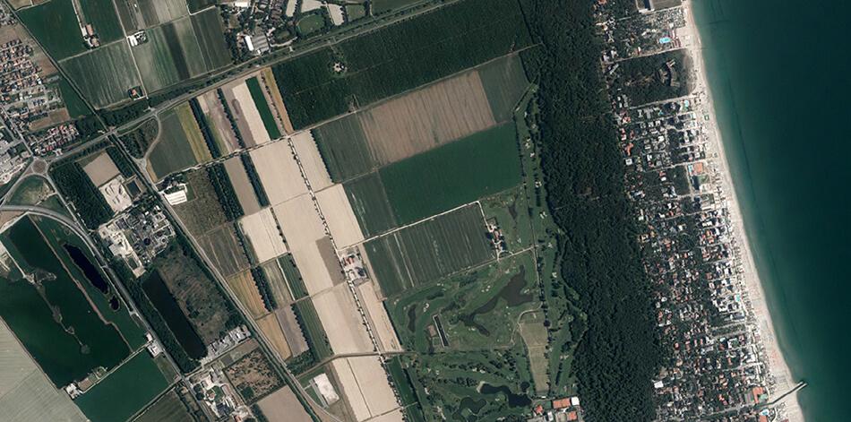 Concurso Internacional: Parque Urbano em Bassona / Itália