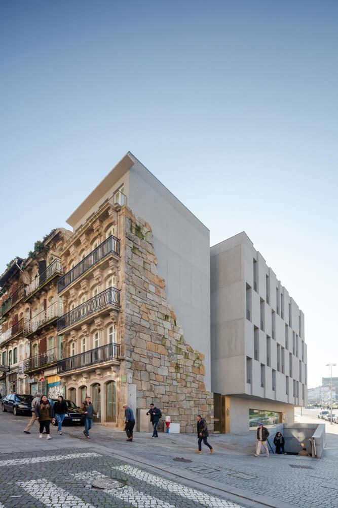 São Bento Residences . Pedra Líquida. © João Morgado