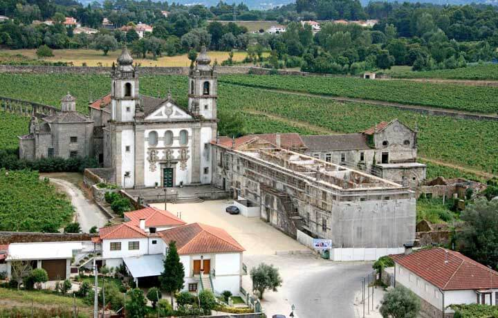 Revive abre concurso para concessão do Mosteiro de Santo André de Rendufe em Amares