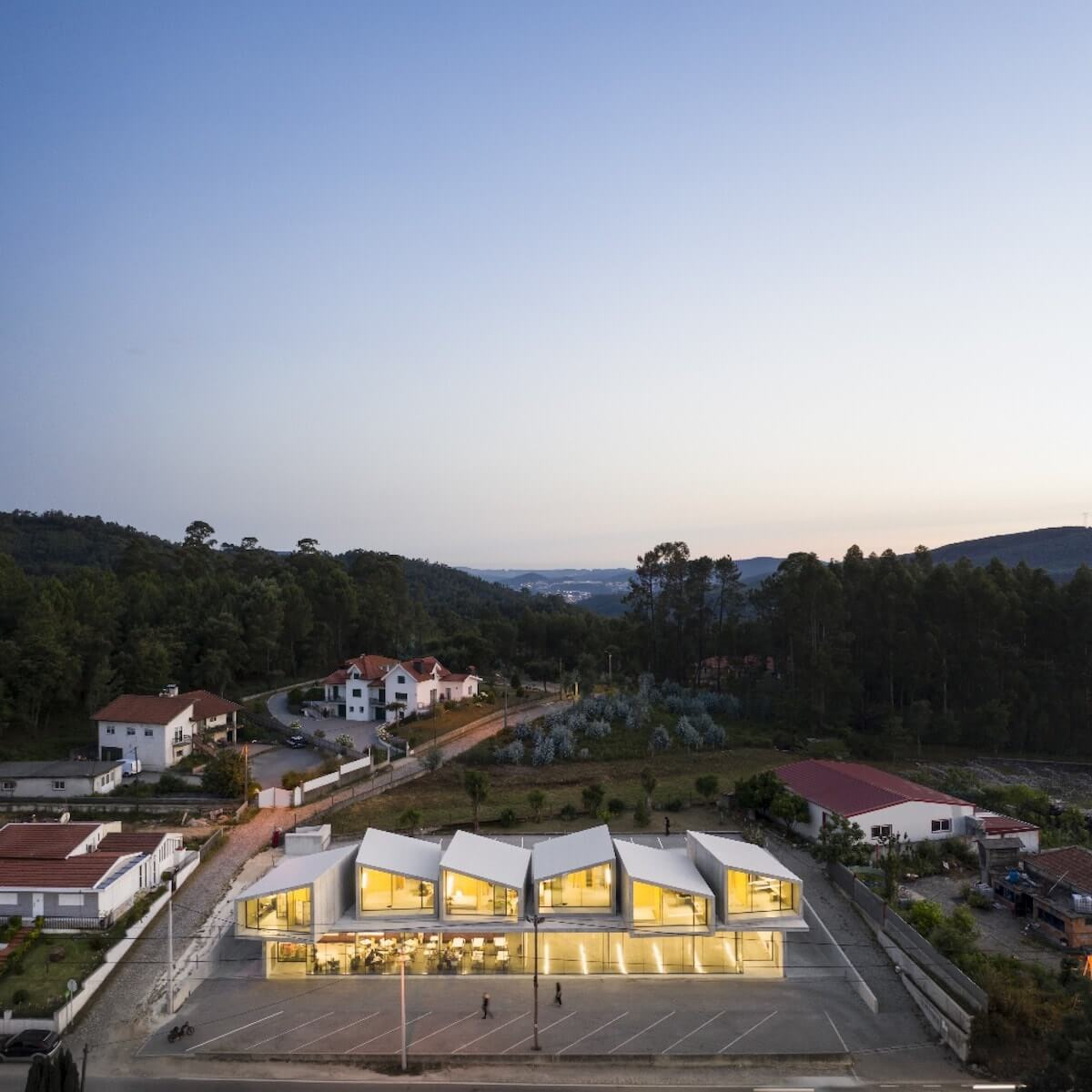 Arquitetura: SUMMARY . Projeto: VDC . Fotografia: ©Fernando Guerra | FG+SG
