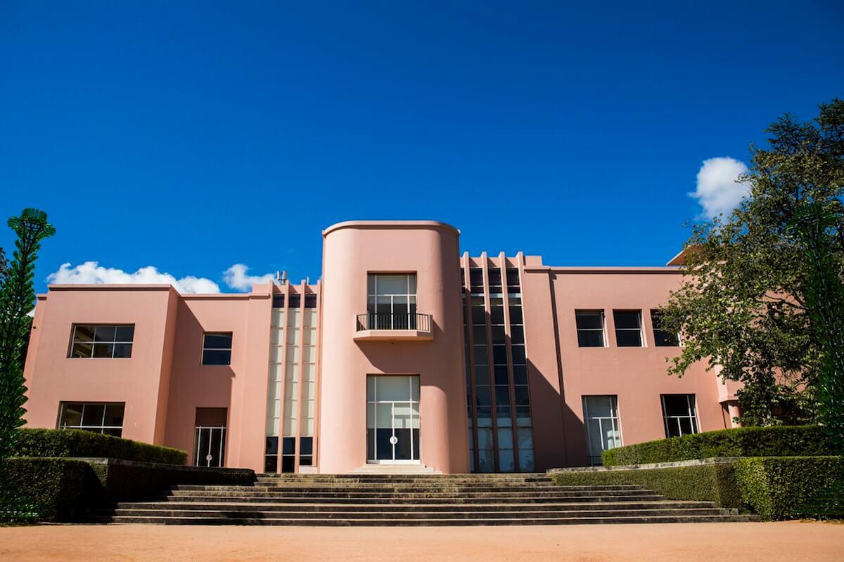 Casa de Serralves considerada uma das mais icónicas do século XX