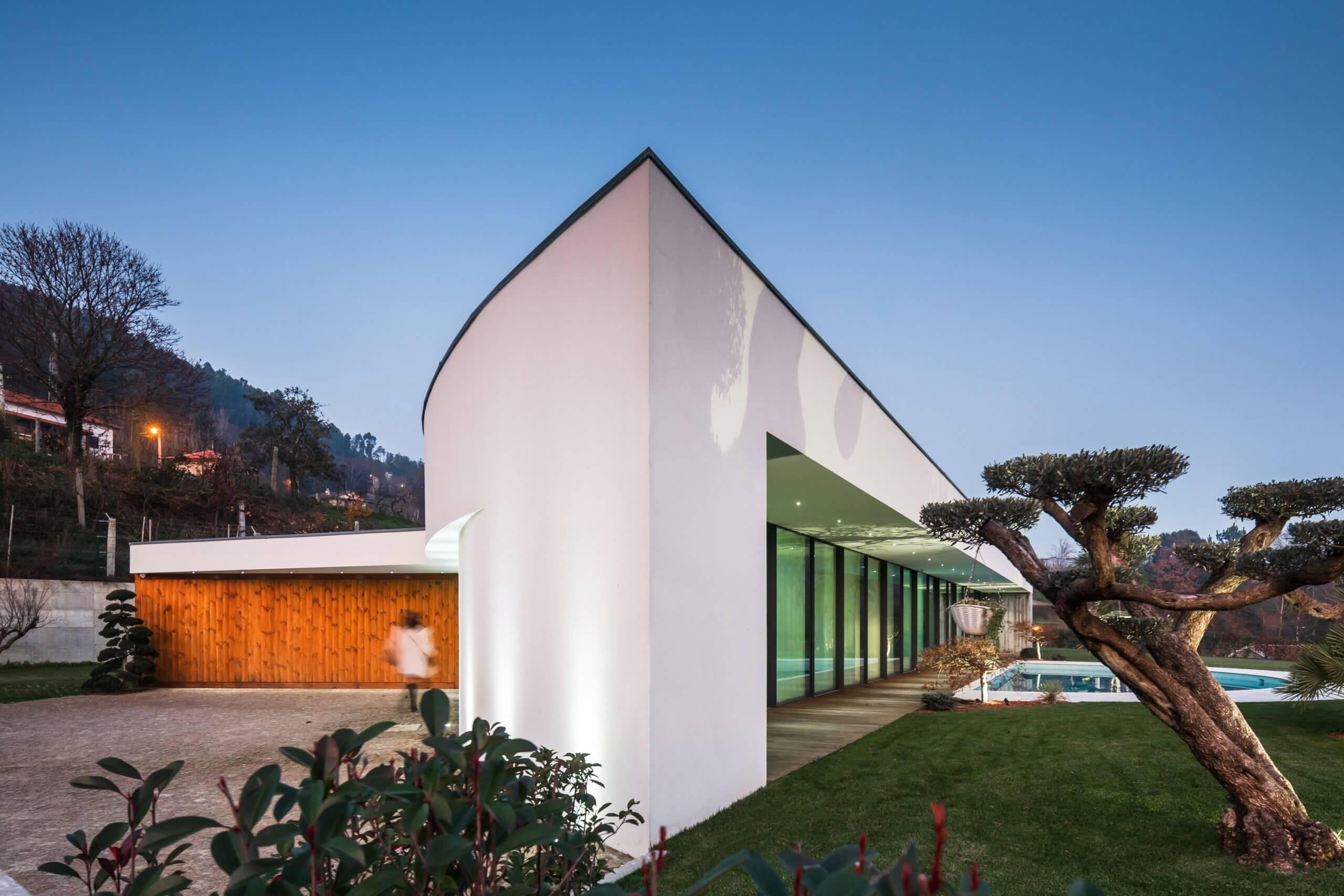 Ana de Bastos, Arquitectura