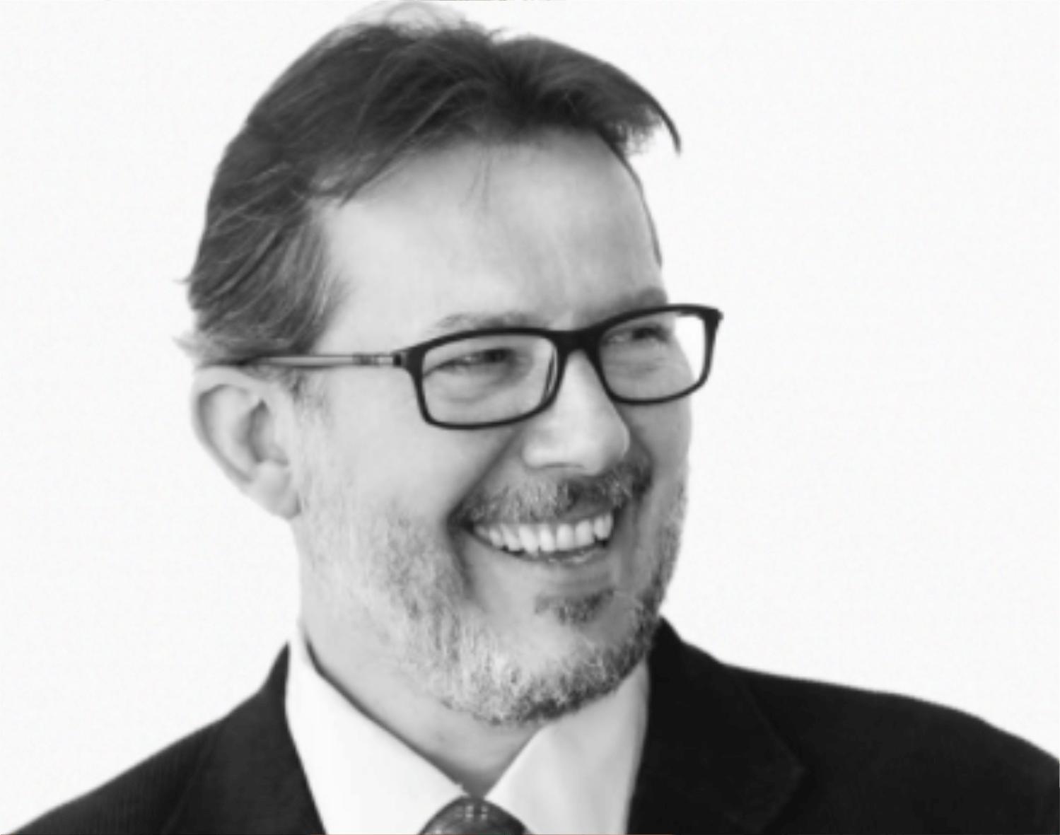 Arq. Urb. Tiago Holzmann