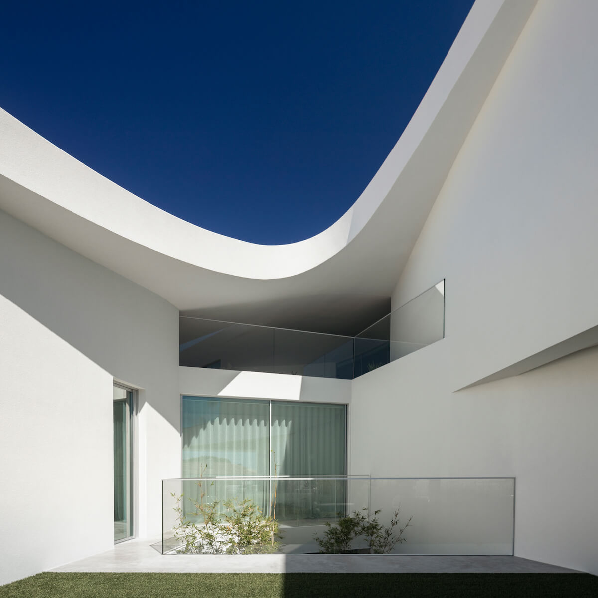 Casa Dorfler . Vitor Vilhena Arquitectura . Créditos ©Fernando Guerra
