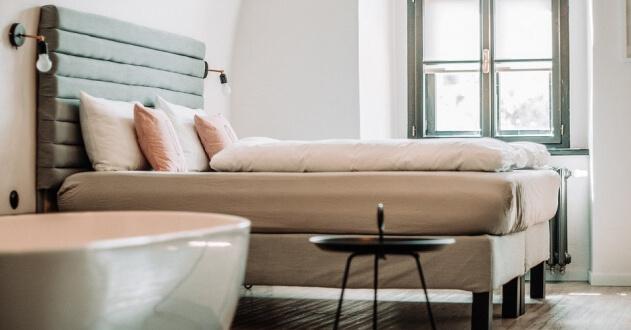 IHRU com 9 milhões de euros para reconverter alojamento local em arrendamento acessível