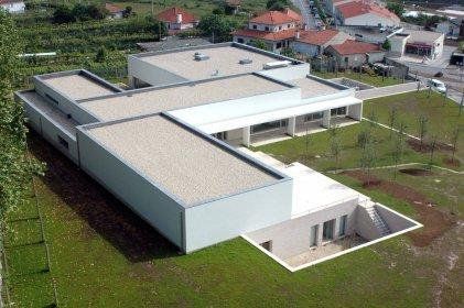 Famalicão: Nova entrada para o Centro de Estudos Camilianos conclui projeto de Siza Vieira