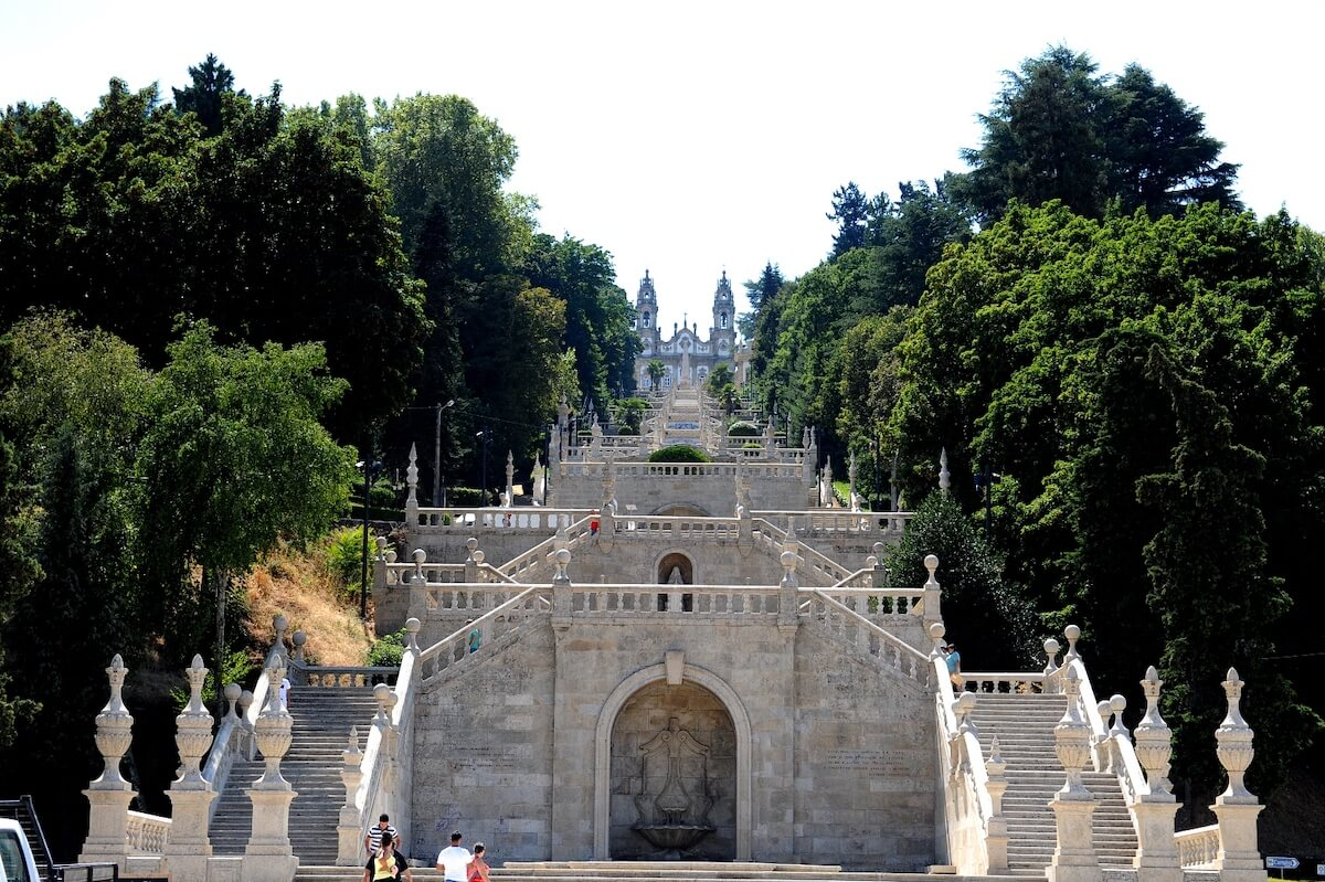 Câmara de Lamego constrói túnel sob o escadório do Santuário