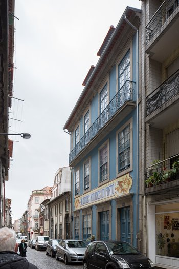 Albergues Noturnos do Porto na Rua Mártires da Liberdade. © JFF