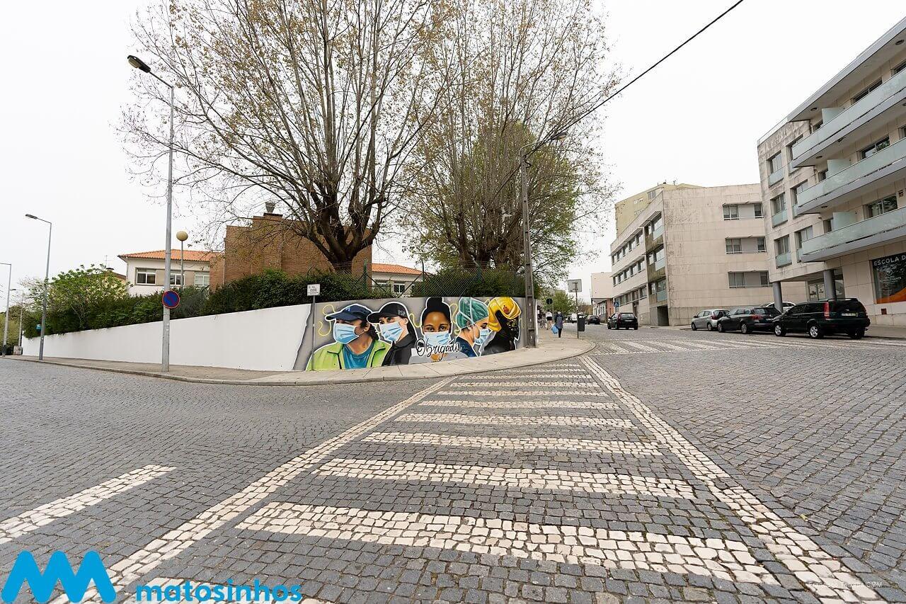 Matosinhos homenageia profissionais do combate à pandemia com mural artístico