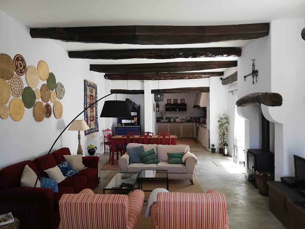 Menção honrosa em Intervenções em edificações existentes -  Habitação na Maceira . Autor do projeto: Jorge Fernando Faria Pinheiro Bonifácio
