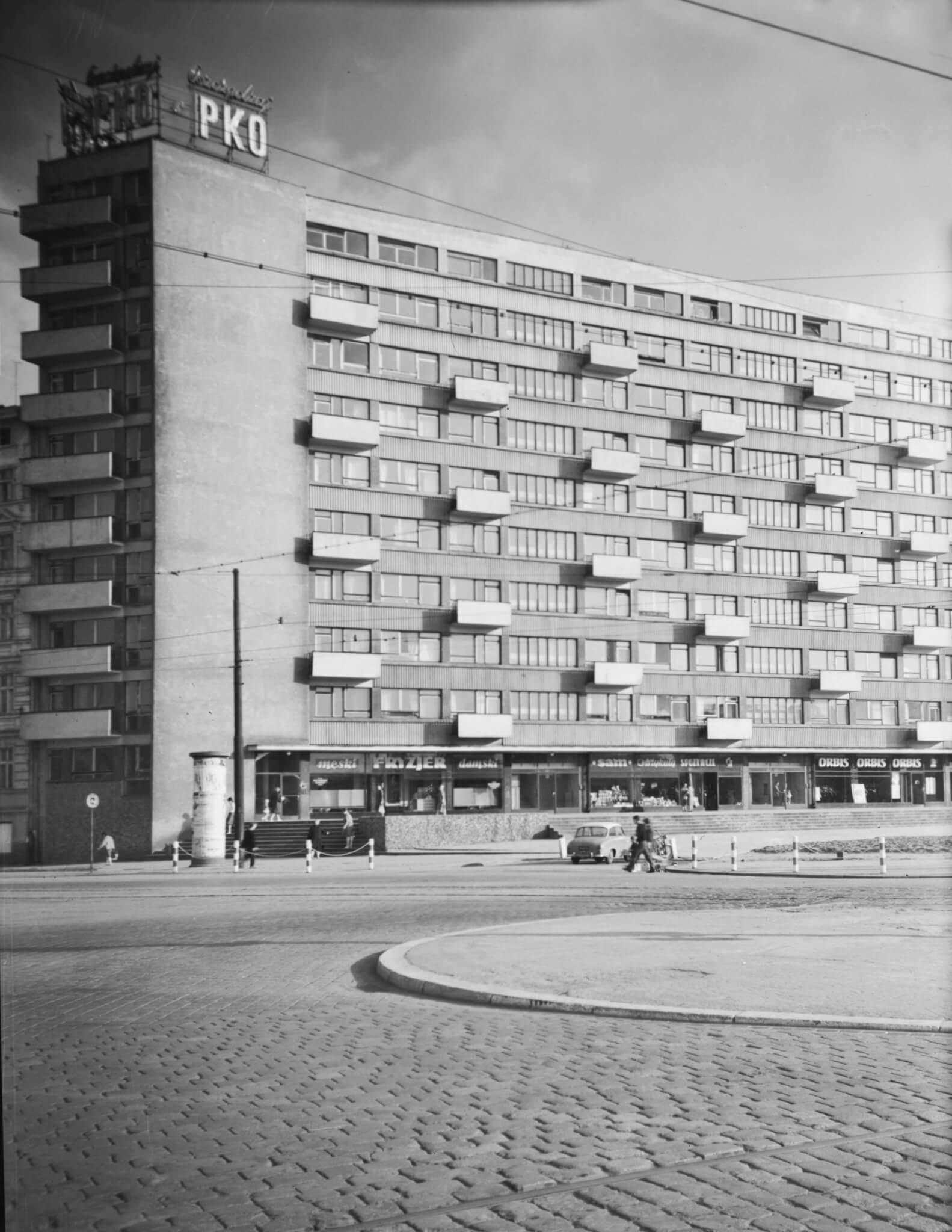 7.Dom Naukowca przy placu Grunwaldzkim, 1959-61, projekt 1956, fot. Janina Mierzecka, Muzeum Architektury we Wrocławiu