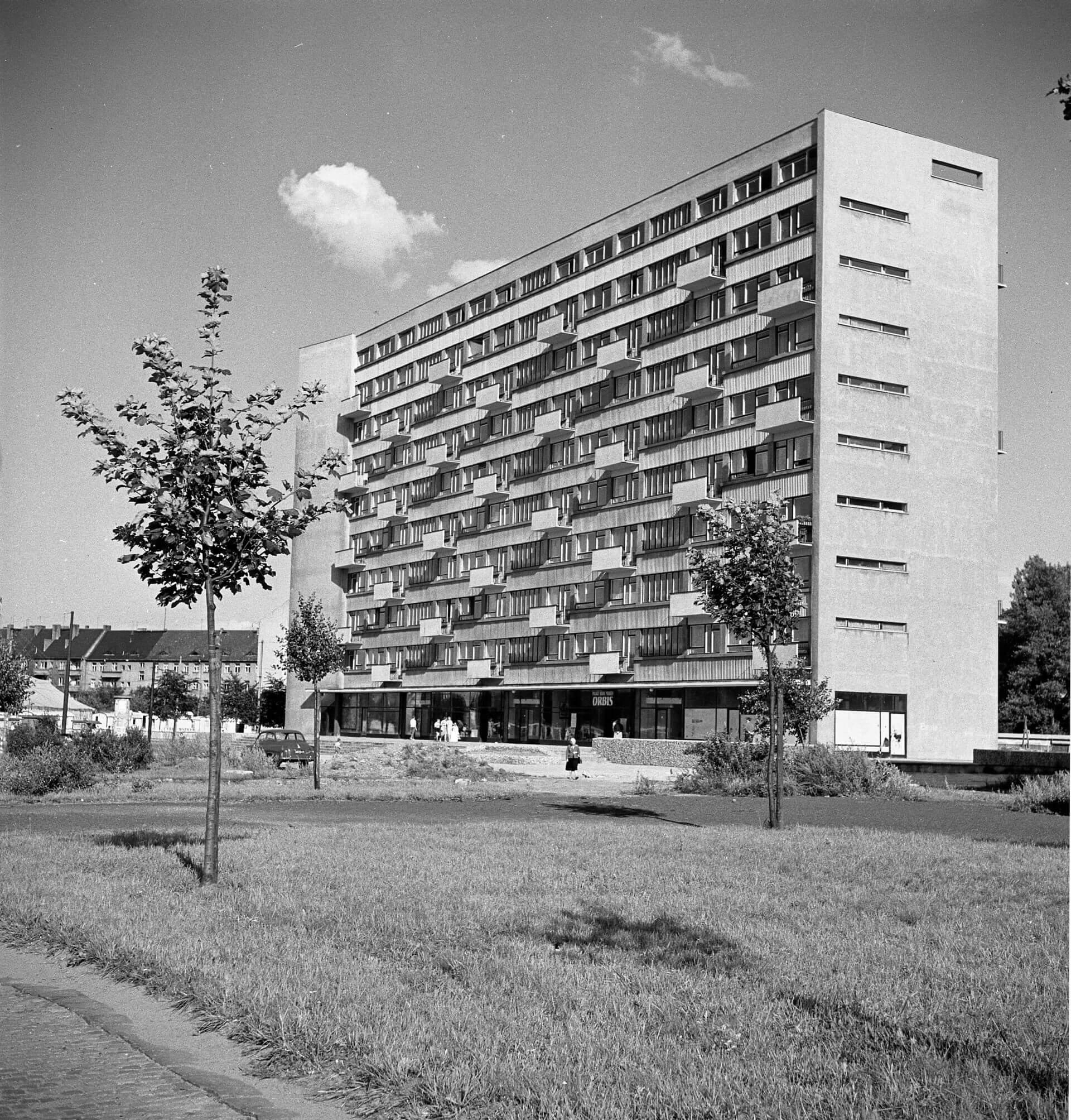 8.Dom Naukowca przy placu Grunwaldzkim, 1959-61, projekt 1956, fot. Tomasz Olszewski, zbiory: Muzeum Miejskie Wrocławia